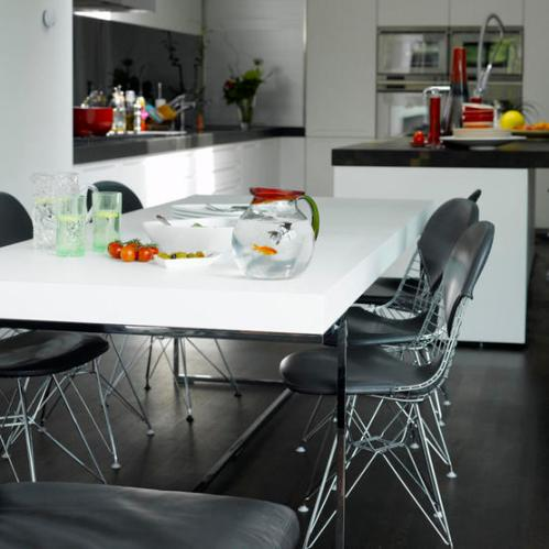 belo-crna-kuhinja