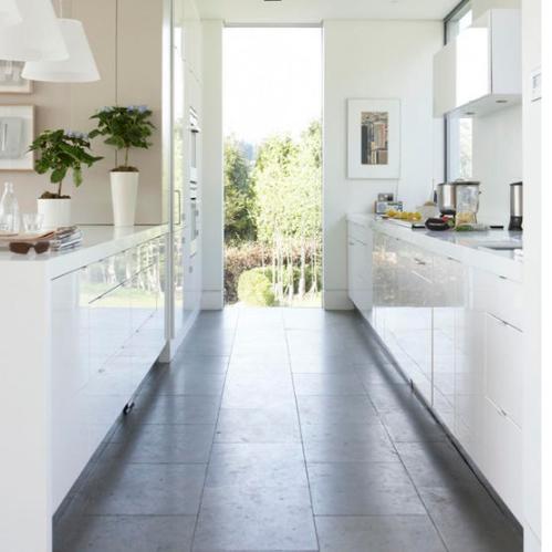 belo-lakirana-kuhinja-2
